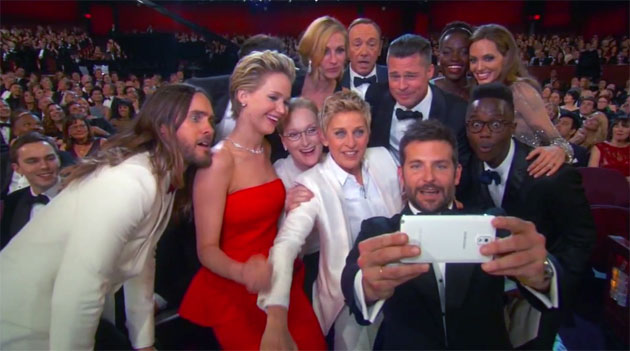 Oscar-Gruppen-Selfie mit Galaxy Note 3