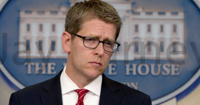 Jay Carney go to Apple