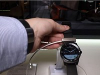 [Video] LG G Watch R – First IFA 2014 Hands On