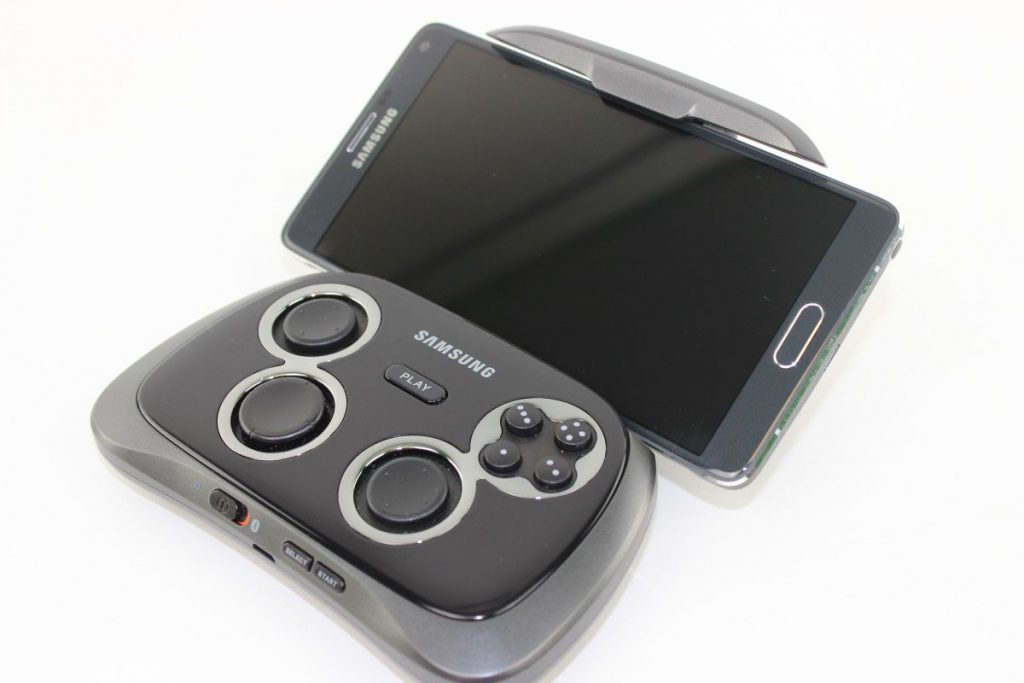 test samsung gamepad ei gp20 display ist gut controller ist besser. Black Bedroom Furniture Sets. Home Design Ideas