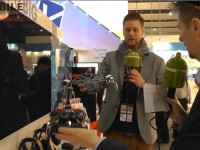 [Video] Mad Catz LYNX 9 Hybrid Controller im MWC 2015 Interview