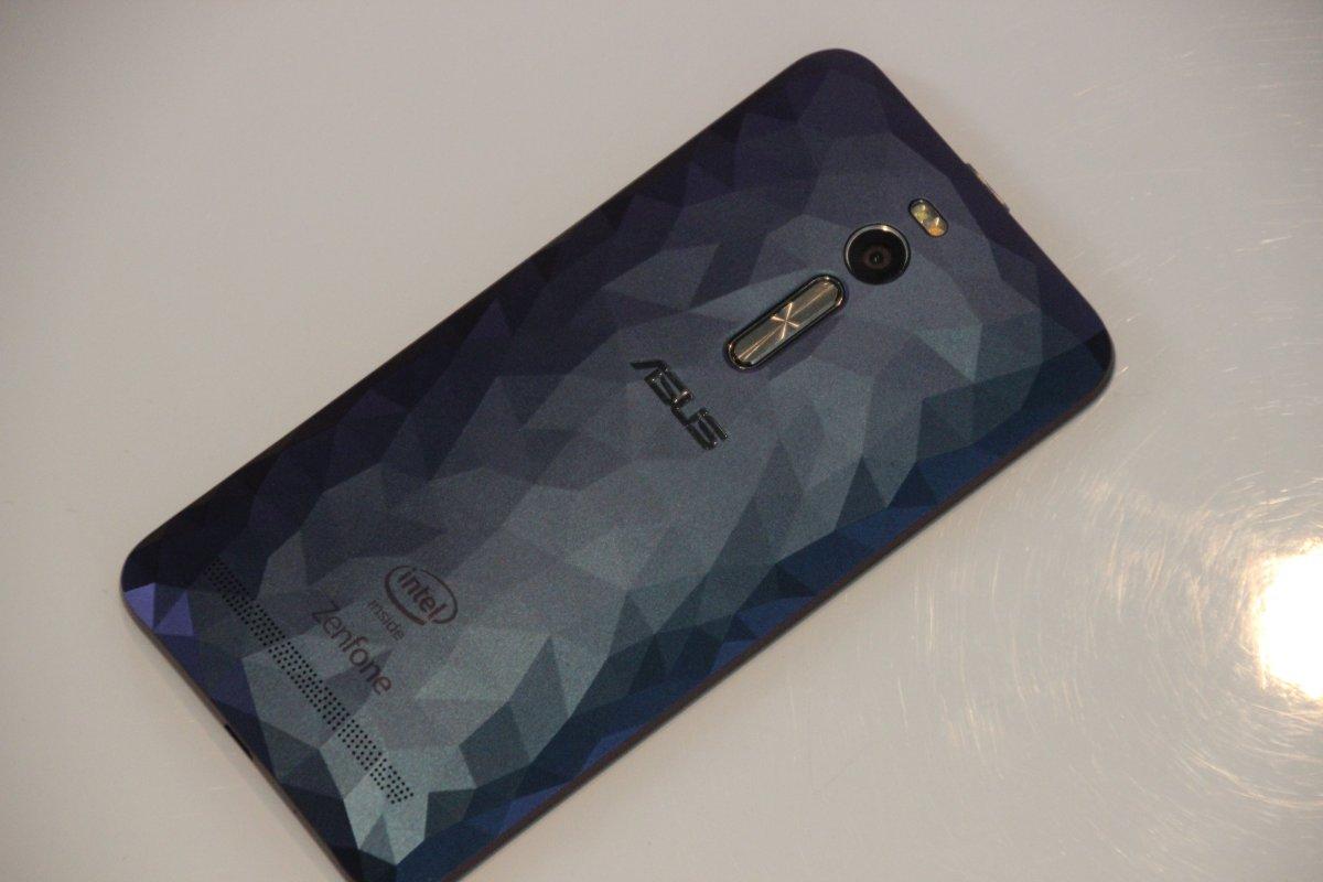 [Test] ASUS ZenFone 2 Deluxe