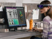 Holoportation: Microsoft teleportiert mit der HoloLens