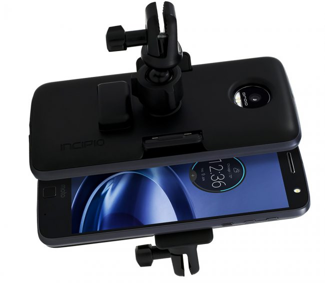 incipio-moto-z-vehicle-dock-161202_2_1