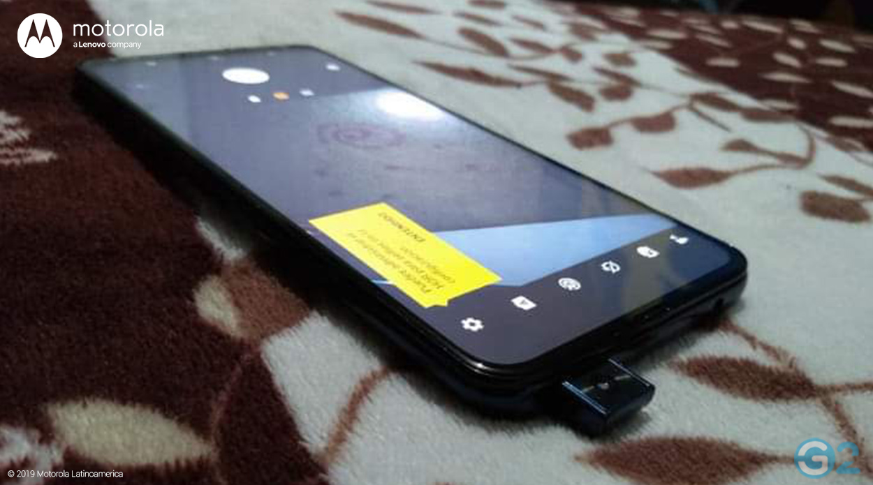 Motorola Z4 Force mit Pop-Up-Kamera