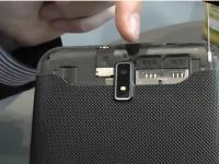 [CeBIT 2013] Pearl Touchlet X5.dual
