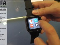 [Video] Pearl simvalley mobile AW-414.GO SmartWatch – IFA 2013